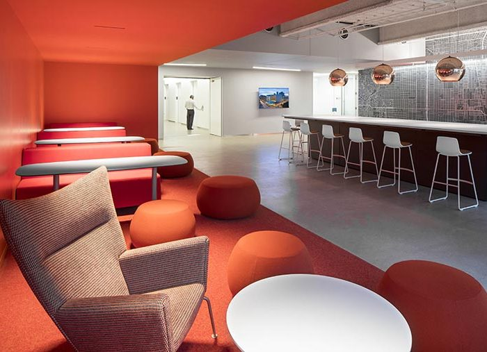 Dynamic color for AECOM staff workspaces