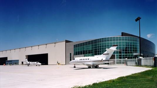 netjets office  hangar facility