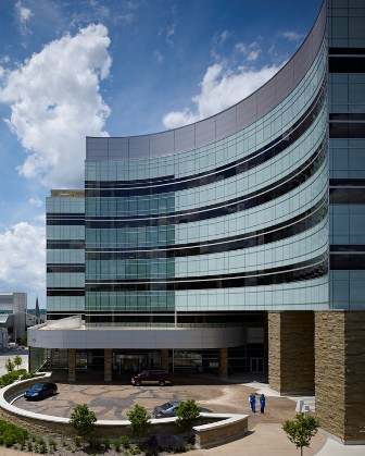 Spectrum Health – Lemmen-Holton Cancer Pavilion